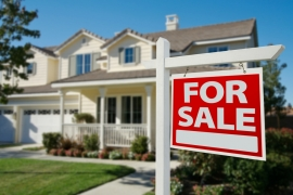 US Home Sales Tumble from Last Year