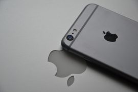Apple May Be at Risk of Sustained Downturn